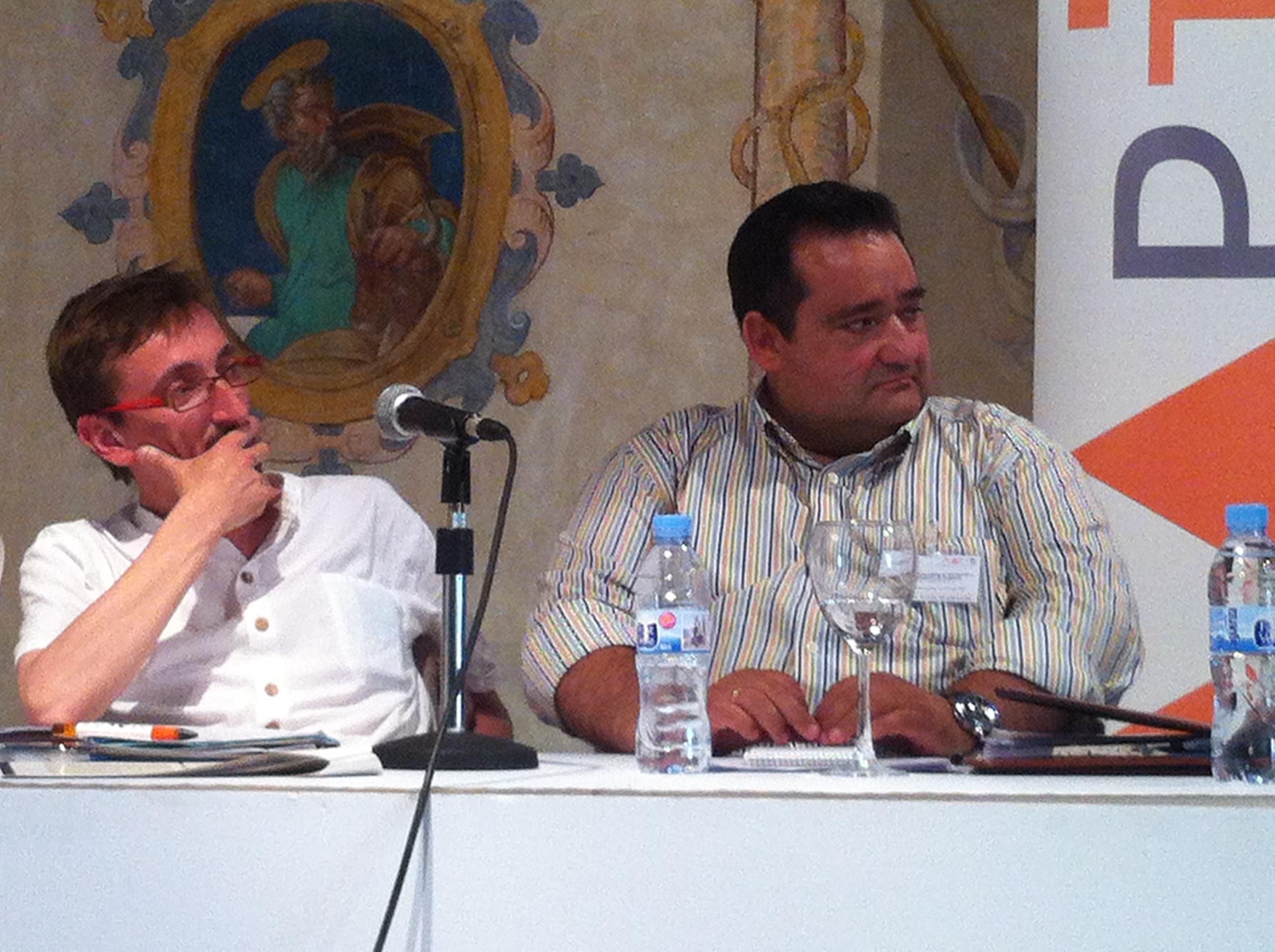 IJosep Ferrán Vives (Generalitat de Cataluña) y Tomás Bustamante (AAB)